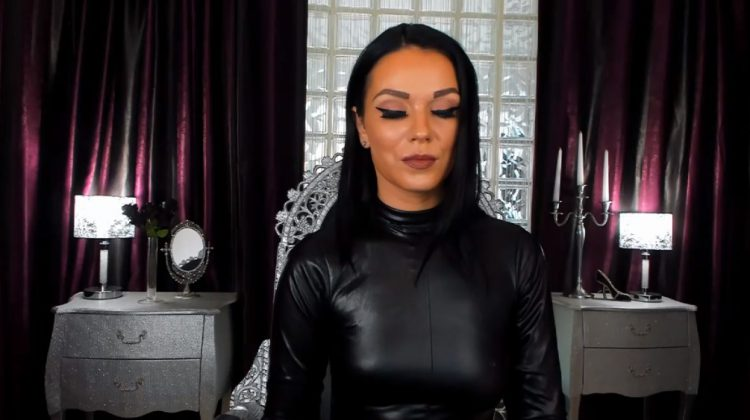 Mistress Victoria in Leather